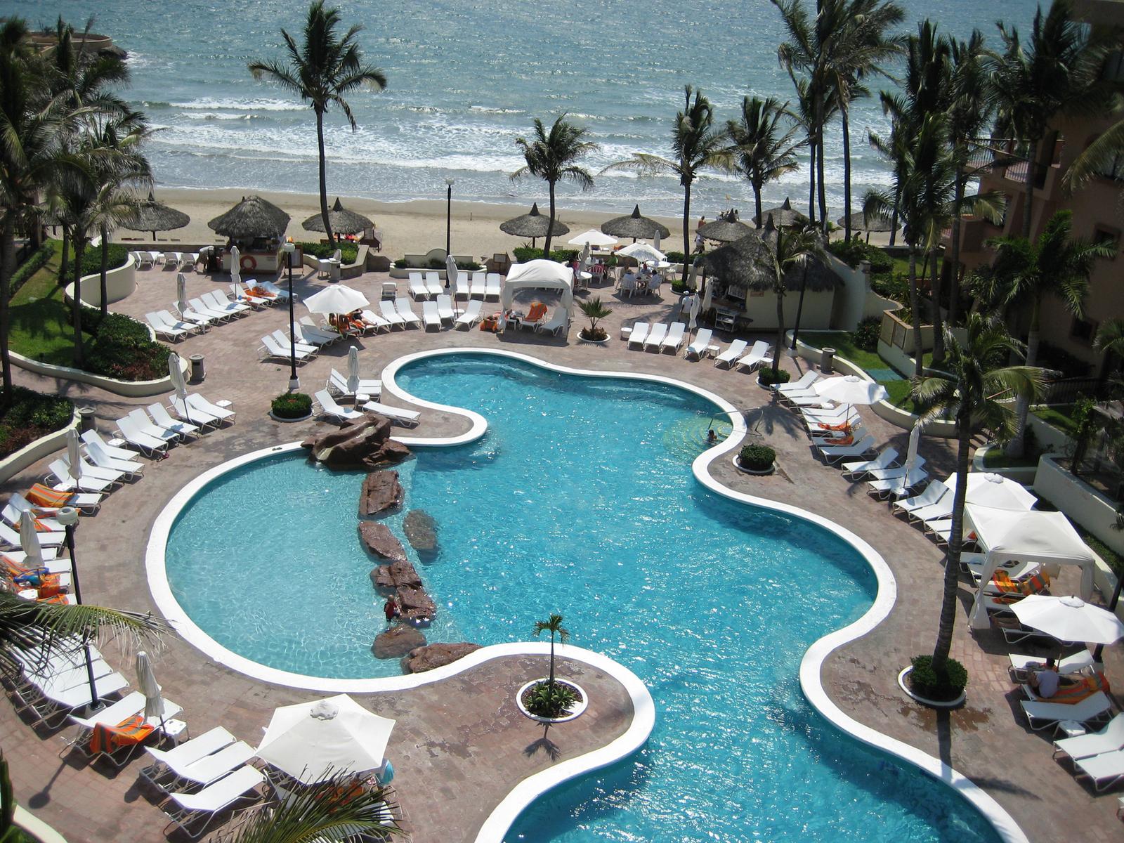 mazatlan mexico pool